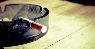 Dieser Junge rauchte mit 2 Jahren 40 Zigaretten pro Tag